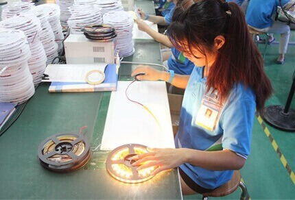 12-LED STRIP LIGHT final-inspection