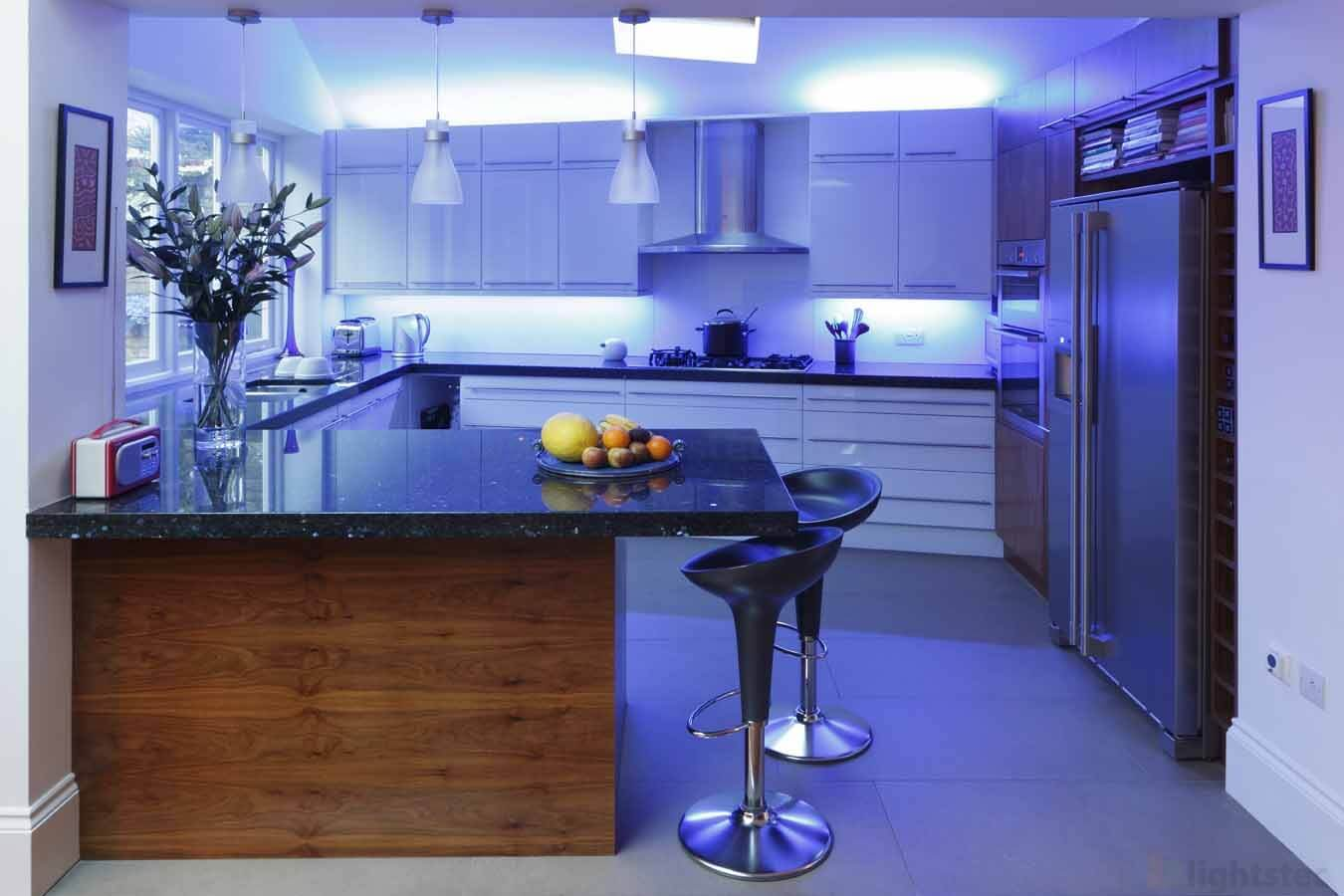 lightstec led strip light using for kitchen