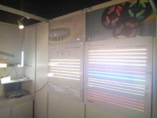 lighting-show-for-led-strip-light-supplier-led-tape-light-manuafcturer-led-aluminum-profile-wholesaleled-extrusion-supplierled-linear-light-customer-and-supplier-meeting-lightstec-9