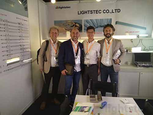 lighting-show-for-led-strip-light-supplier-led-tape-light-manuafcturer-led-aluminum-profile-wholesaleled-extrusion-supplierled-linear-light-customer-and-supplier-meeting-lightstec-12