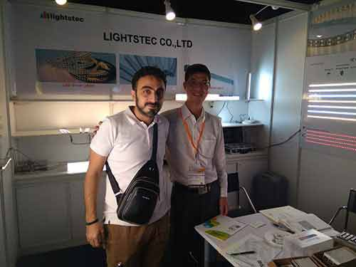 lighting-show-for-led-strip-light-supplier-led-tape-light-manuafcturer-led-aluminum-profile-wholesaleled-extrusion-supplierled-linear-light-customer-and-supplier-meeting-lightstec-3