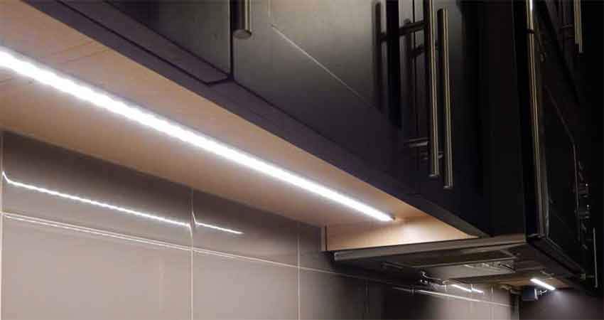 Led-aluminum-profile-light-use-in-kitchen-cabinet
