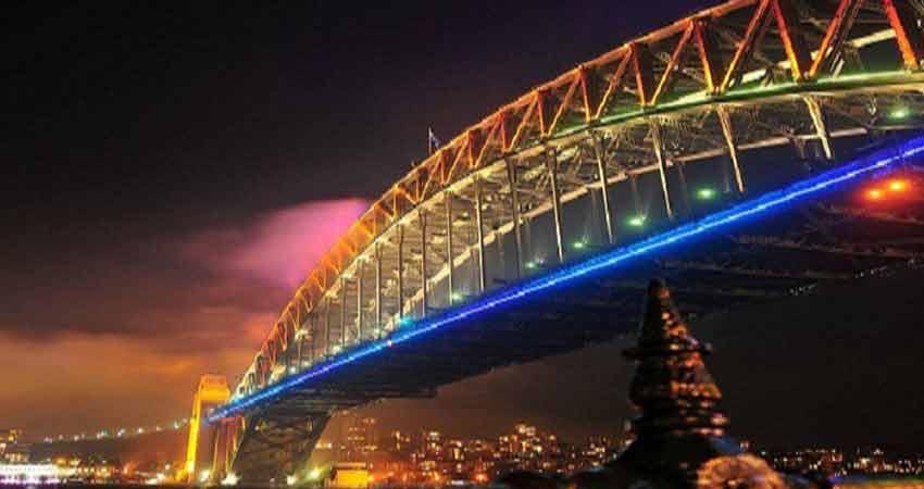 Newstar-led-strip-light-use-in-bridge,building