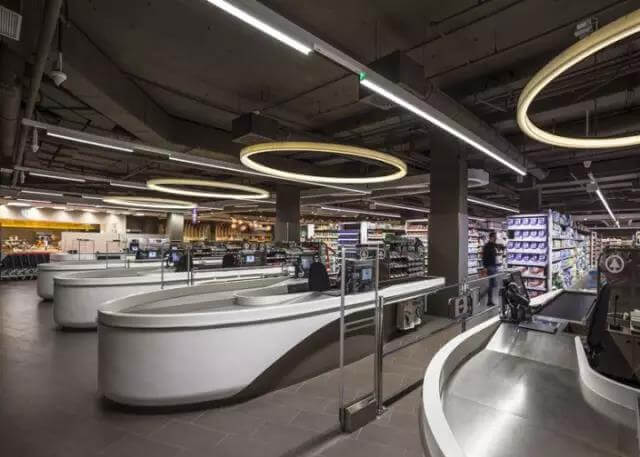 led linear light use in supermarket 3