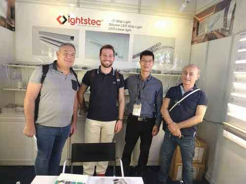 lightstec-factory-in--hong-kong-lighting-fair--2018-led linear light