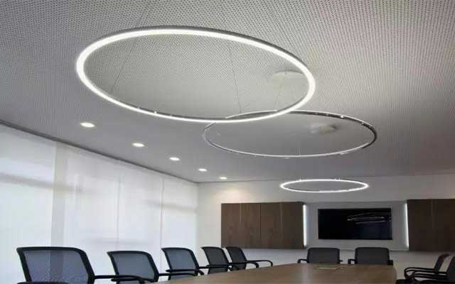 linear-light-use-in-office-5