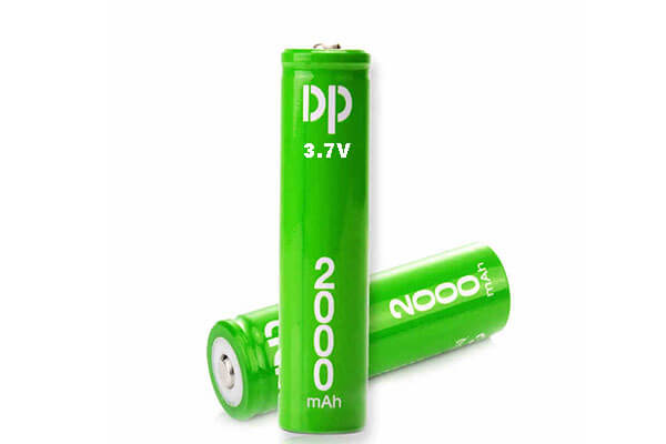 3.7V-rechargeable-battery