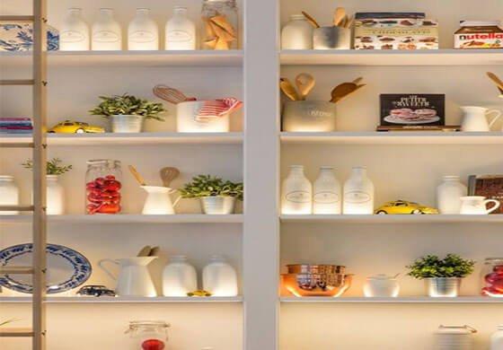 led-cabinet-light-in-shelf