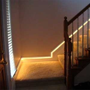 led-strip-light-ideas-stair-lighting-2