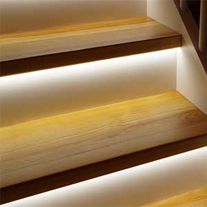 led-strip-light-ideas-stair-lighting-3