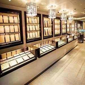 strip-light-ideas-jewelry-display-light