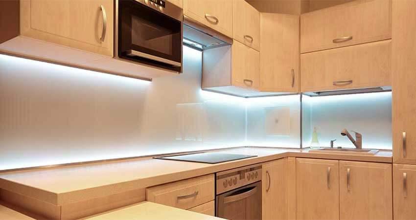 Kitchen Cabinet Lightingusing led tape light