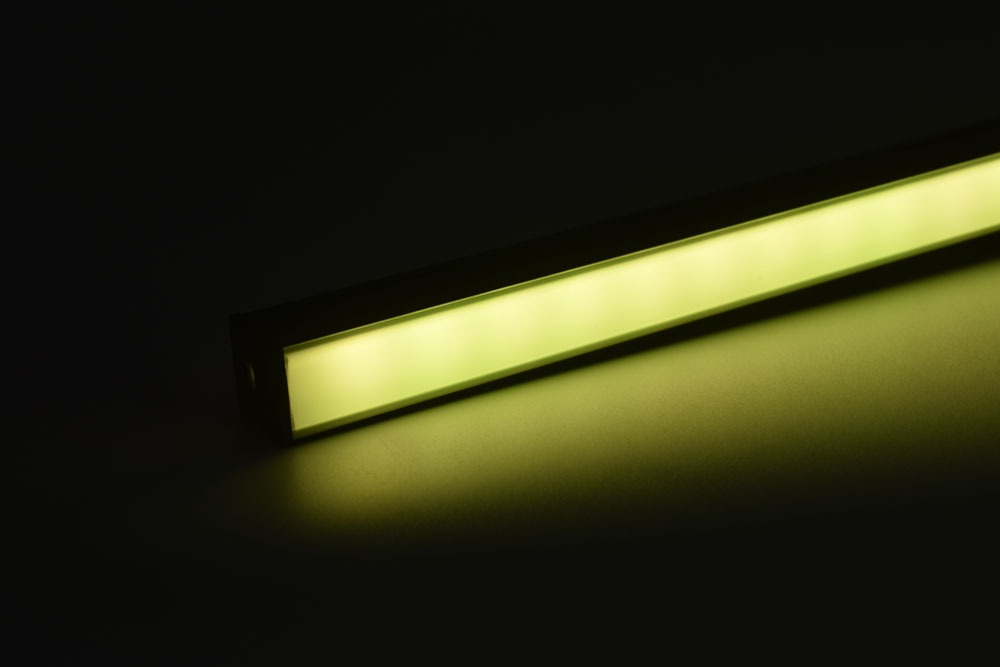 led aluminum profile with black diffuser grass-green